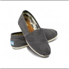 Toms Classics Women Wine Shoes Charming : Toms Outlet*Cheap Toms Shoes Online* Welcome to Toms Outlet.Toms outlet provide high quality toms shoes*best cheap toms shoes*women toms shoes and men toms shoes on sale.You will enjoy the best shopping. Toms Shoes For Men, Cheap Toms Shoes, Toms Shoes Outlet, Buy Shoes, Me Too Shoes, Shoes Women, Vans Shoes, Pink Sneakers, Ladies Shoes