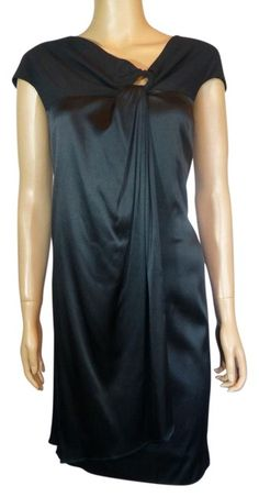 Taylor Black Keyhole Shift Short Cocktail Dress Size 6 (S) off retail Keyhole Dress, Taylor Dress, Short Cocktail Dress, Stylish Outfits, Luxury Fashion, Fashion Dresses, Dresses For Work, Authenticity, How To Wear