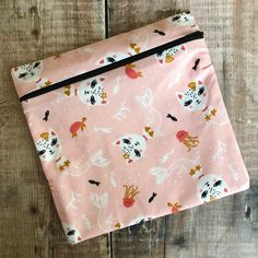 Your place to buy and sell all things handmade Reusable Sandwich Bags, Aluminium Foil, Plastic Wrap, Ways To Save, How To Run Longer, Zero Waste, Safe Food, Reuse, Sandwiches