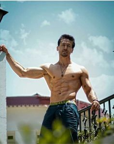 Tiger Shroff becomes the only actor in the young actors club with 3 franchise films Male Photography, Fitness Photography, Bodybuilding Photography, Tiger Shroff Body, Chico Fitness, Indian Man, Indian Army, Muscle Men, Muscle Fitness