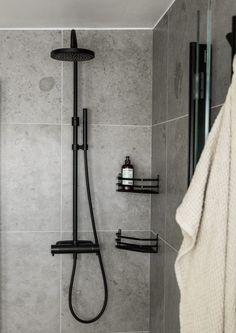Minimalist Bathroom Design, Bathroom Interior Design, Upstairs Bathrooms, Dream Bathrooms, Bathroom Spa, Laundry In Bathroom, Sauna Design, Appartement Design, Beautiful Interior Design