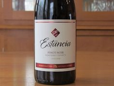 Estancia Pinot Noir reviewed.  This review compares the 2011 to the 2014.  There are a few differences. http://www.honestwinereviews.com/2015/03/estancia-pinot-noir-review.html