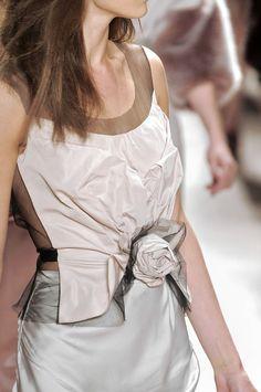 Nina Ricci at Paris Fashion Week Fall 2010 - Details Runway Photos