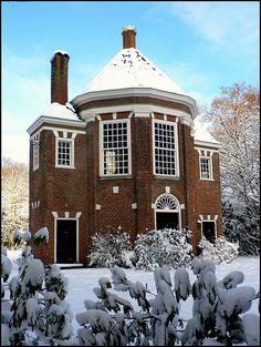 17th century tea-house, Arendsdorp Estate, The Hague