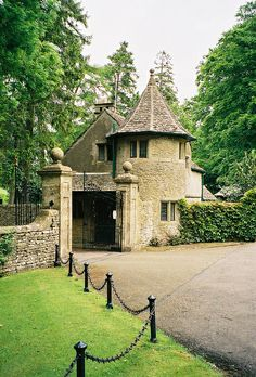 Turreted gatehouse-Turreted gatehouse Turreted gatehouse by… – Stone House Storybook Homes, Storybook Cottage, French Cottage, Cottage Style, Amazing Architecture, Architecture Details, Beautiful Buildings, Beautiful Places, Stone Cottages