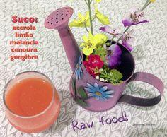 Suco de acerola, limão, melancia, cenoura e gengibre: refrescante, muito bom!