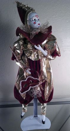 """18"""" COLLECTIBLE PORCELAIN HARLEQUIN MUSICAL JESTER CLOWN MARDI GRAS DOLL WIND-UP"""