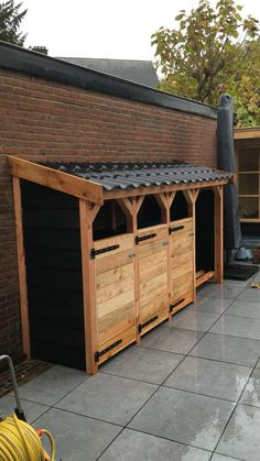 Backyard Gazebo, Backyard Patio Designs, Backyard Landscaping, Bicycle Storage Shed, Log Shed, Modern Entrance Door, Privacy Fence Designs, Back Garden Design, Outdoor Gardens