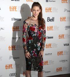 Absolutely Loved Kristen Stewart's dress last night! Beautifulll
