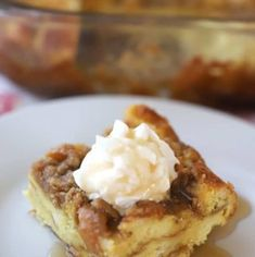 This classic overnight French toast recipe is made with simple ingredients and is so easy to make! Perfect for Christmas morning, or a simple brunch any time of the year. Breakfast Casserole French Toast, French Toast Bake, Make Ahead Breakfast, Vegan Breakfast Recipes, Breakfast Ideas, Breakfast Bake, Best Cinnamon Rolls, Overnight French Toast, Potatoe Casserole Recipes