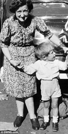 Stephen Hawking with his Aunt Muriel on VE day.