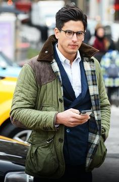 #FashionWeek 2013 #NYC #StreetStyle via @gqmagazine | This man refused to let Winter Storm Nemo stand in way!