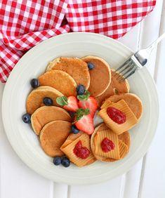Sunne, saftige havrelapper - LINDASTUHAUG Healthy Summer Recipes, Healthy Snacks, Breakfast Healthy, A Food, Food And Drink, Snacks Under 100 Calories, Healthy Baking, Food Inspiration, Tapas