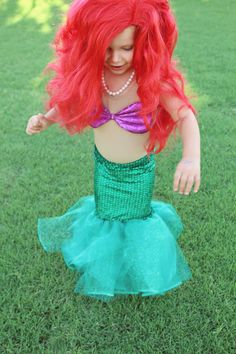 DIY Little Mermaid Costume: Tutorial Part II - Two Bobbins Later   Two Bobbins Later
