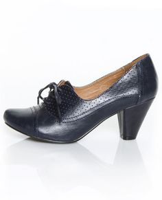 Navy lace-up oxford