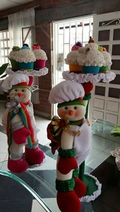 70 ideas for cupcakes decoration navidad natal Christmas Room, Christmas Sewing, Felt Christmas, Christmas Snowman, Christmas Projects, Vintage Christmas, Merry Christmas, Christmas Ornaments, Snowman Crafts