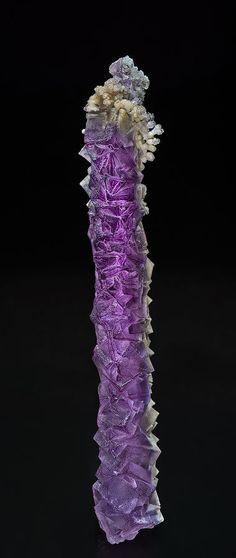 Fluorite, Calcite  Locality: Weishan, Dali Autonomous Prefecture, Yunnan Province, China  Dimensions: 14.2 x 2.0 cm  Description: