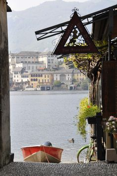 Lago D'Orta , Italy