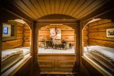 UGLA - Noen ganger går drømmer i oppfyllelse. Cottage Style, Framed Artwork, Winter Wonderland, Home Goods, Real Estate, Bed, House, Furniture, Home Decor