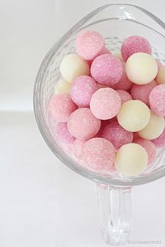 pastel cake balls - lovely shades of pink