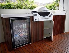 A brilliant Weber Family Q Built-In Premium installation featuring concrete bench tops from and stunning cabinetry from… Outdoor Bbq Kitchen, Outdoor Kitchen Design, Outdoor Kitchens, Outdoor Areas, Outdoor Rooms, Outdoor Living, Built In Bbq, Weber Built In Grill, Alfresco Area