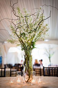 Budgeting for Wedding Flowers by Willow & Thistle