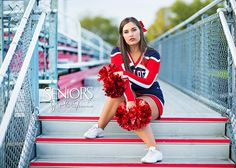Cheerleading Senior Pictures. Cheerleading Senior Picture Ideas. #cheerleadingseniorpictures #cheerleadingseniorpictureideas #seniorsbyphotojeania