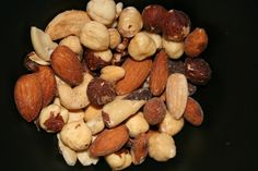 Large study shows that nuts lower risk of heart disease around the world! If you are looking for a simple and inexpensive way to lower your risk of heart disease or having a heart attack, eat nuts!  Approximately 610,000 people in the United States die each year due to heart disease.  (1) Nuts associated with lower cardiovascular mortality rates across all races and socioeconomic statuses! Researchers from Vanderbilt University …