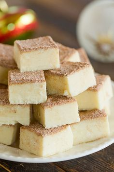 Squares of snickerdoodle fudge stacked on a white plate. Five ingredients, 10 minutes, and all of the wonderful flavors of snickerdoodle cookies. A perfect addition to holiday cookie trays. Fudge Recipes, Candy Recipes, Dessert Recipes, Mini Desserts, Holiday Baking, Christmas Baking, Christmas Candy, Christmas Fudge, Christmas Snacks