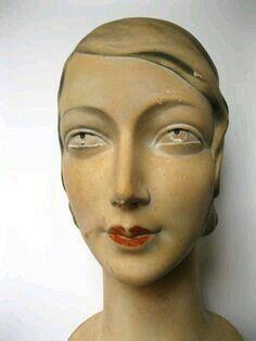 CABEÇA FEMININA DE MANEQUIM DOS ANOS 1940