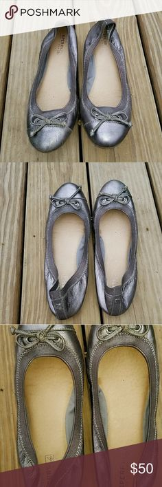 NWOT Sperry Flats Adorable metallic gray Sperry ballet flats never worn size 8 Sperry Shoes Flats & Loafers