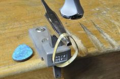 Bezel Setting with Miniature Bezel Stakes
