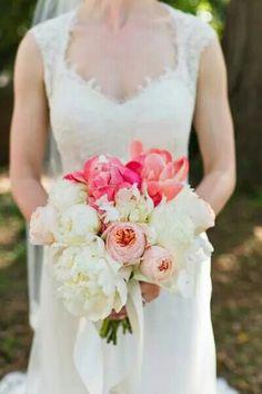 Peony pivoines bouquet