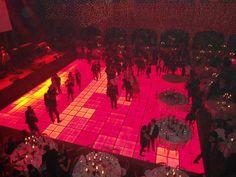 LED verlichte dansvloeren voor uw bedrijfsfeest of 70's 80's party huurt u bij Leeborent