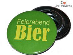 Bier-Flaschenöffner+mit+Spruch+-59mm+von+Buttons&Books+auf+DaWanda.com