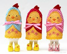 Chick Egg Cozies- Free pattern - Red Brolly