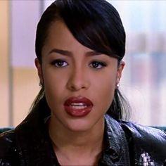 """""""Mood #Aaliyah"""""""