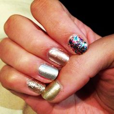 Nail art! Metallic shiny glitter