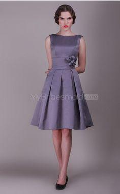 Satin Princess Bateau Knee-length Vintage Bridesmaid Dresses(NZBD06144)