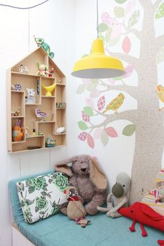 Estamos apaixonados por essa decoração de quarto infantil! <3