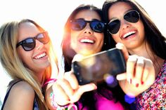 || 7 Essential Tips For New Smartphone Owners || makingsmilesonline.com/ || #makingsmilesonline #acwallcharger #dccarcharger #carcharger #iphonecharger #smartphonecharger #amazon #iphone #smartphone