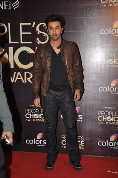 Leather jackets give you a stylish rich and at times a look of a biker. Catch the actors with Leather Jackets flaunting their latest style. Men's Leather Jacket, Leather Men, Leather Jackets, Jacket Men, Bollywood Stars, Bollywood Fashion, Stylish Mens Fashion, Men's Fashion, Ranbir Kapoor Hairstyle