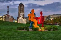 """""""22 Best Things to Do in Des Moines, Iowa"""" via VacationIdea.com / September 2015"""