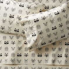 Shop Organic Roxy Marj Woodland Animal Queen Sheet Set. Complete your little one's bedding with the fanciful forest critters found on our woodland animal sheet set.