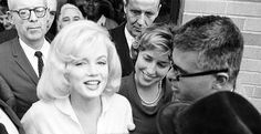 Marilyn Monroe with Pat Newcomb after leaving the Columbia Presbyterian Hospital, 1961.