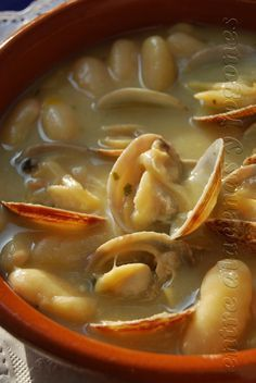Fish Recipes, Seafood Recipes, Great Recipes, Cooking Recipes, Favorite Recipes, Spanish Kitchen, Spanish Dishes, Spanish Food, Spanish Stew
