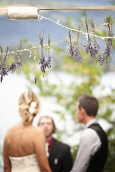 This gorgeous lavender garland is perfect for a wedding.