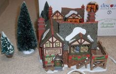 DEPT 56 FEZZIWIGS BALLROOM WITH BOX Dickens Village, Department 56, Gingerbread, Hobbies, Box, Christmas, Xmas, Snare Drum, Ginger Beard