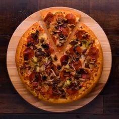 Some of the tricks used for a Pizza Ad Comida Pizza, Film Photography Tips, Kolaci I Torte, Fake Food, Diy Photo, Food Hacks, Food Styling, Food Art, Food Videos