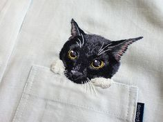 Artist Hiroko Kubota Embroiders Popular Internet Cats on Shirts at the Request of Her Son shirts fashion embroidery cats